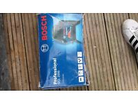 bosch professional cross line laser GCL 2000 and SCH BT350 PROFESSIONAL TELESCOPIC POLE