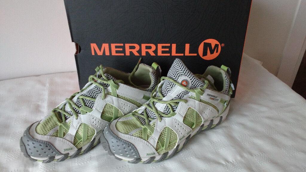 NEW - Women's/Girl's Merrell Waterpro Maipo Lime Walking Shoe