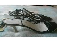 Lady Stork designer sandals