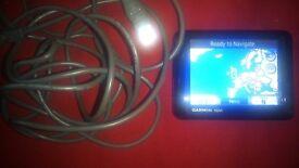 GARMIN NUVI TOUCHSCREEN SAT NAV WITH USB CHARGER AS SHOWN ( NO SCREEN MOUNT ) satnav