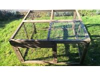 large guinea pig/rabbit run with cover