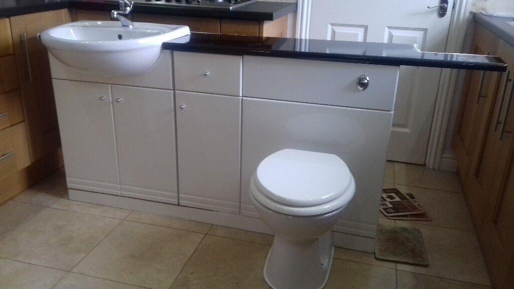 Gloss White Bathroom Units