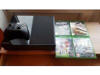 PERFECT Xbox One with 4 games (IGNORE GAMES IN PICTURES)