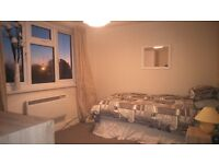 Large Rooms, great location central worthing close to amenities