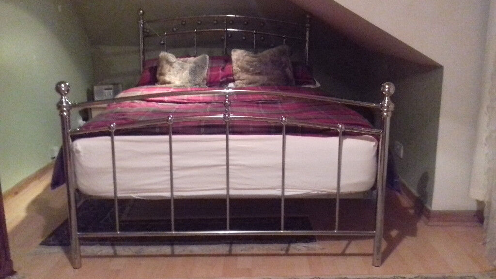 Fanrastic Double bed silver metal frame