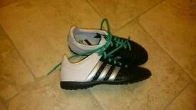 Adidas Ace kids/junior football boots size 3
