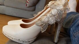 White wedding shoes size 5