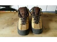 Mens caterpillar boots size 9