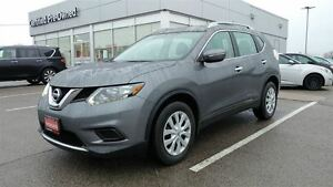 2014 Nissan Rogue S  Super Low KM  Free Delivery