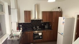 Rooms near BURY Metrolink ,Market included all bills in your rent - ONE week rent free