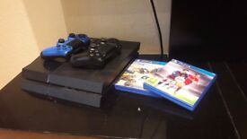 Excellent Condition PS4 500GB with 2 official controllers and 2 games