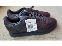 REEBOK Classic limited edition - Size 9