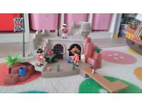 Playmobil soldiers fort