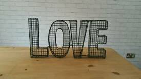 "Wire Frame ""LOVE"" Sign"