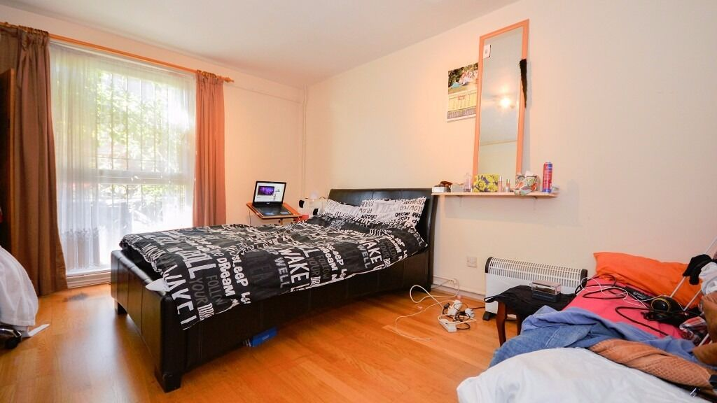 **LARGE DOUBLE ROOM** HOUSE SHARE!! INCLUSIVE OF ALL BILLS!! HOLLOWAY/FINSBURY PARK, ISLINGTON, N7!!
