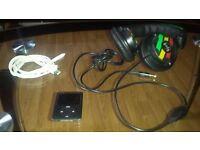 Apple iPod Nano 3rd Gen 8gb black & grey plus headphone for free