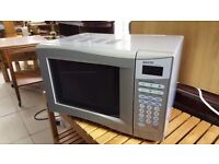 Sanyo 800W Compact Microwave EM-S1553S in Excellent Condition
