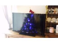 Samsung TV, 40 inch screen. Perfect working order. Good condition.