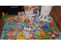 Hugeeee baby bundle! Travel cot, rocking toy, vtech toy, lamaze toy, mobile, playmat!!!