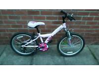 Girls Apollo Kinx bike. ages 6 to 9 approx. 20 inch wheels. Good working condition ready to ride