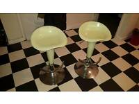 Set of 2 kitchen chairs