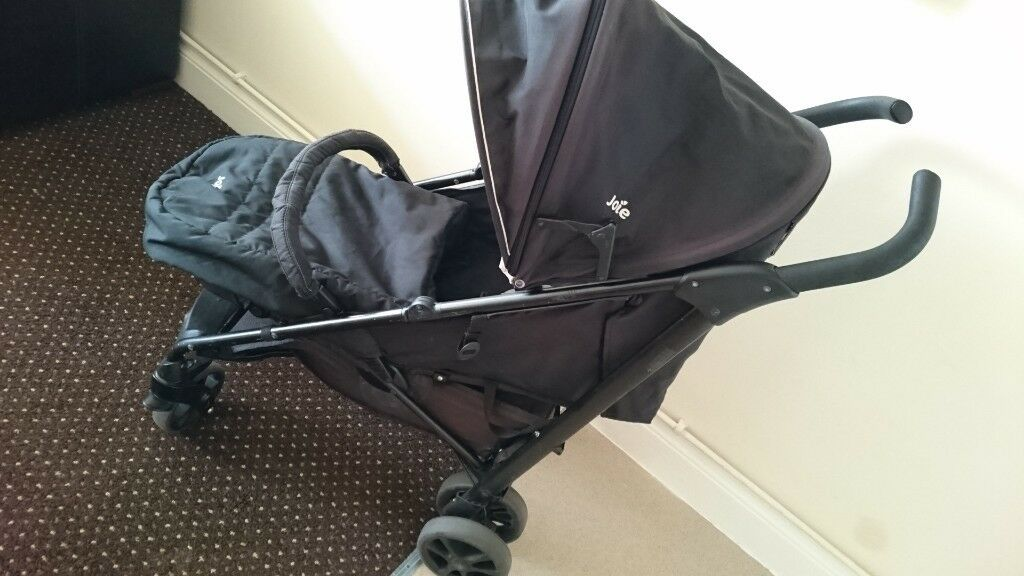 Joie Brisk Stroller buggy pushchair travel black with rain ...