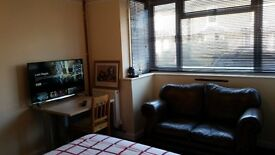 Double Room £550 Shared house