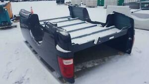 Truck Boxes, Tailgates, Bumpers, Toolboxes, and Backracks at Auction