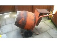 Cement mixer Belle 240v with stand