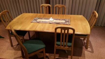 Timber 6 seat extendable table with 6 chairs, Padstow area Padstow Bankstown Area Preview