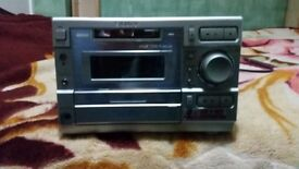 Sony HiFi micro system with two speakers