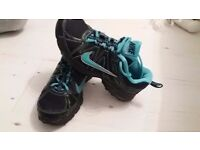 Nike ladies trainers size 37