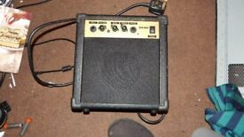 mini guitar amp GA10A in good used condition
