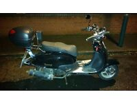 Lexmoto Tommy 125cc Moped Scooter - 11 Month MOT