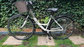 Apollo Elyse Womens Hybrid Bike