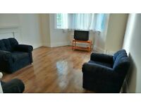 Excellent Condition 3 bedrooms First Floor Flat with Garden, Basement & Driveway-Ilford-No DSS Plz