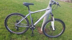 """SARACEN MTB. 20"""" FRAME. 26"""" WHEELS..24 GEARS..FULL DISC BRAKES..NEW CONDITIONS BIKE..READY TO RIDE"""