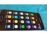 Samsung galaxy s5 factory unlocked in a very good codition