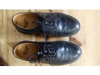 Dr Martens 3989 Black Smooth SIZE 4