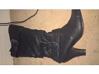 size 5 black boots worn once