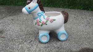VINTAGE PONY CERAMIC PLANTER/VASE