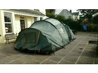 Vango Albany 800 tent plus fitted carpet