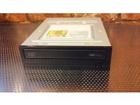 "Toshiba-Samsung TSSTcorp CD-R/RW SH-R522C ATA Device 5.25"" Internal"