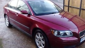 volvo s40 low mileage only 58,000 , long mot , very good condition