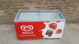Walls display chest freezer