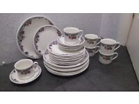 Royal Doulton Porcelain Pottery Set, Autumn's Glory.