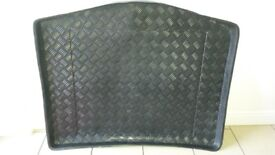 """Ford focus C Max tailored boot liner and drivers side 26"""" wiper blade"""
