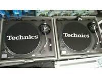 Technics SL-1210MK2 x2 includes flight cases