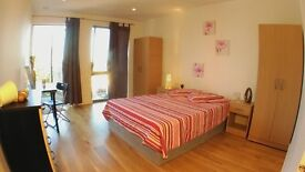 DOUBLE ROOM AVAILABLE NOW!!! 2 MINUTES TO THE STATION ::: DON'T MISS IT!!!