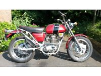 BSA B25SS GOLDSTAR IN GOOD CONDITION AND ORIGINAL GREY FRAME WITH RED TANK AND SIDE PANELS